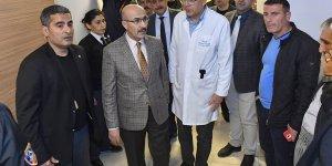 Vali Demirtaş, Yaralanan İşçileri, Hastanelerde Ziyaret Etti