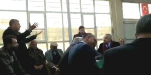 İYİ Partili belediye başkanı kendisine soru soran vatandaşı fırçaladı