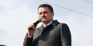 Pakdemirli: 'Karadeniz Bölgesi'nde kontrol altına alınmamış 2 önemli yangın var'