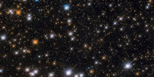 Hubble Teleskobu 'Yaban Ördeği Yıldız Kümesi'ni fotoğrafladı