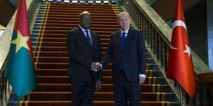Erdoğan: Sudan'ın süreci barış içinde atlatması en önemli temennim