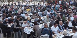 Vakıf Haftası'da sağlık taraması yapıldı, iftar verildi..
