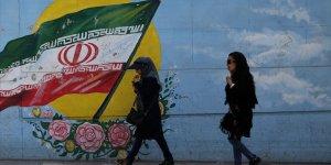 ABD ile 40 yıldır kavga eden İran'da halkın gündemi ekonomi