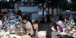 Hatay'da bin kişi iftar sofrasında buluştu