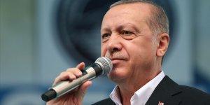 Erdoğan: Derdi verileri korumak değil onları alıp bir yerlere servis etmek