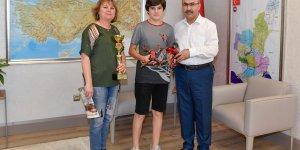 Türkiye Drone Şampiyonu Ali Atakan Mercimek'ten Vali Demirtaş'a Ziyaret