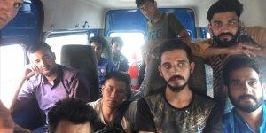 Adana'da 14 düzensiz göçmen yakalandı