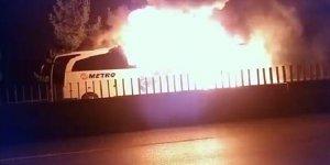 Mersin'de seyir halindeki otobüste yangın