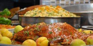 Malatya'nın yeni lezzeti 'kayısılı kaburga dolması'