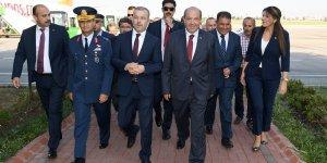 Kuzey Kıbrıs Türk Cumhuriyeti Başbakanı Ersin Tatar Havaalanında Karşılandı