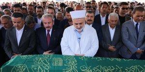 AK Parti'li Sarıeroğlu'nun babası toprağa verildi