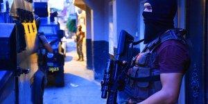 Adana'da polise yönelik saldırı önlendi