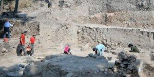 Mersin'deki Yumuktepe Höyüğü'nde kazı çalışmaları sürüyor