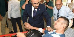 Vali Demirtaş'tan yaralılara ziyaret