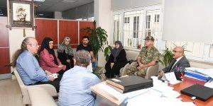 Vali Demirtaş'tan Yaralı Askere Ziyaret