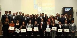 Genç Profesyoneller Programında HKÜ Öğrencileri Sertifika Aldı