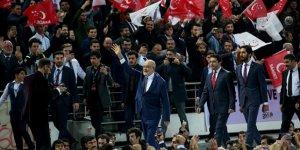 Karamollaoğlu, yeniden Saadet Partisi Genel Başkanı seçildi