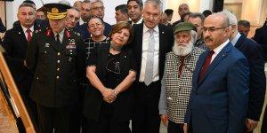 Etem Çalışkan Çizgileriyle Atatürk Portreleri Sergisi'