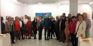 Sanatçı akademisyenlerden karma sergi
