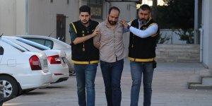 Patlayıcı ve kalaşnikofla iş yerlerine saldıran cezaevi firarisi yakalandı