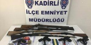 Osmaniye merkezli 3 ilde silah kaçakçılığı operasyonu: 8 gözaltı