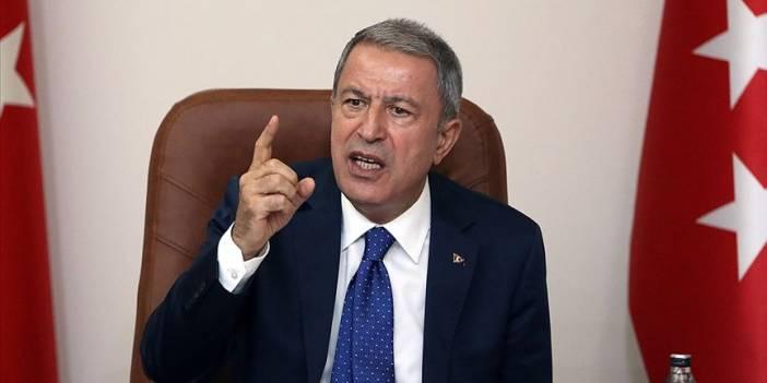 Bakan Akar: 200'ü aşkın rejim hedefi ağır ateş altına alındı