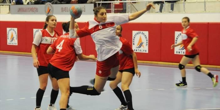 Antalya Uluslararası Kadınlar Hentbol Turnuvası başladı