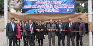 """Adana Çukurova İlçesinde """"TÜBİTAK 4006 Bilim Şenliği"""" kapsamında fuar açıldı."""