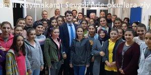 Tufanbeyli Kaymakamı Sevgili'nde okullara ziyaret