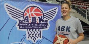 Adana Basketboldan pota altına takviye