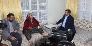 Başkan Kocaispir'den engellilere tekerlekli sandalye