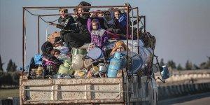 Son 24 saatte 12 bin sivil sınır hattına yakın bölgelere göç etti