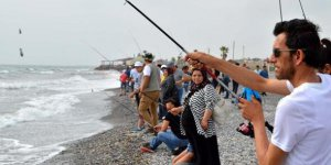 Hatay'da 10. Oltayla Kıyıdan Balık Tutma Yarışması yapıldı