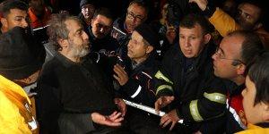 Adana'da sele kapılan otomobildeki 4 kişi kurtarıldı