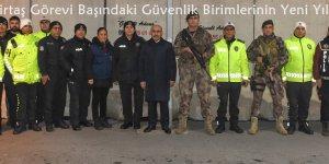 Vali Demirtaş Görevi Başındaki Güvenlik Birimlerinin Yeni Yılını Kutladı