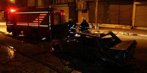 Adana'da park halindeki kamyonet kundaklandı