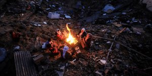 Ebu Amra: Kimse bizi görmüyor duymuyor. Sığınacak bir yer istiyoruz