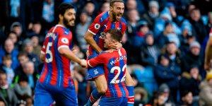 Cenk Tosun yeni takımındaki ilk golünü Manchester City deplasmanında attı