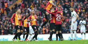 Galatasaray Konya deplasmanında 3 puanı 3 golle aldı