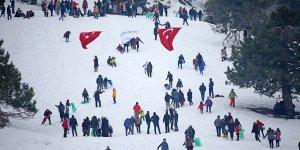 Adana'da 3. Kardan Adam Şenliği düzenlendi