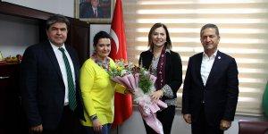 MHP Adana Milletvekili Ersoy, çiftçilerin sorunları hakkında bilgi aldı