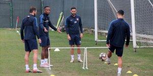 """TFF 1. Lig'de zirveyi yakından ilgilendiren """"kritik maçlar"""" haftası"""