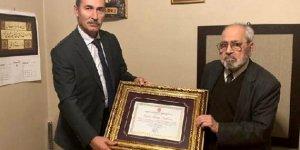 Kamil Yeşil: Sezai Karakoç 87 yaşında doktor oldu