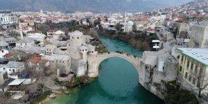 Bosna Hersek'te 5 yılda 20 binden fazla kişi vatandaşlıktan çıktı