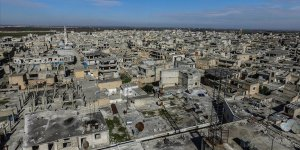 Rejim ve Rusya, İdlib'de iki ateşkes arasında 400'e yakın sivil öldürdü
