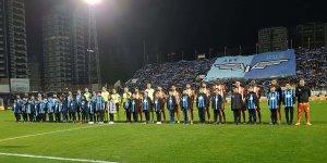 Futbolcu olmak isteyen öğrenciler maça götürüldü