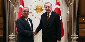 Aksakal: Cumhurbaşkanı, seçimlere katılma yeterliliğindeki partilerin liderleriyle buluşmalı