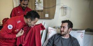 Ampute Milli Futbol Takımı teknik heyetinden Mehmetçiğe ziyaret