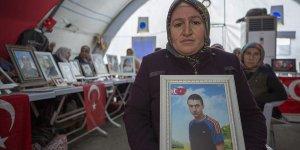 Diyarbakır annelerinden Üçdağ: Oğlum o hainlerin elinden kaç gel