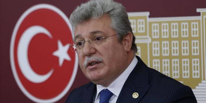AK Parti'li Akbaşoğlu CHP'li Özkoç'u istifaya davet etti